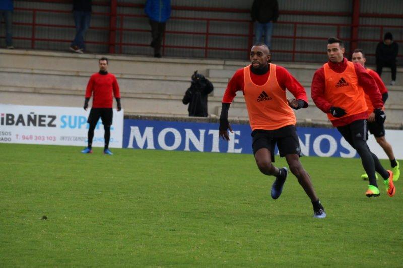 Confirmado: Raoul Loé es baja contra el Athletic