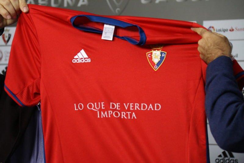 Así será la camiseta con publicidad de Osasuna contra el Real Madrid