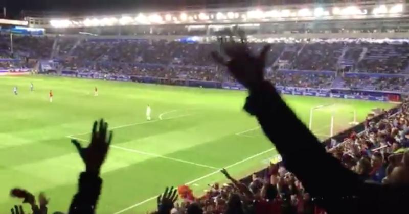 Como si fuera la Champions: así vivió la afición de Osasuna el gol de Berenguer