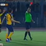 Expulsan al ex rojillo Mikel Arruabarrena tras derribar al árbitro