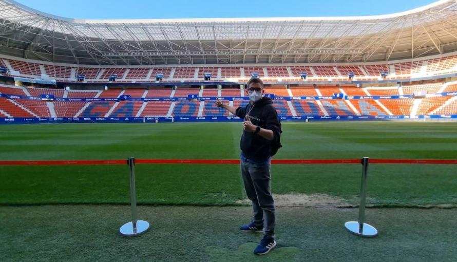 El youtuber más famoso de las obras del Bernabéu publica un vídeo espectacular de El Sadar