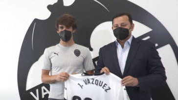 El hijo de Braulio Vázquez ya entrena con el primer equipo del Valencia