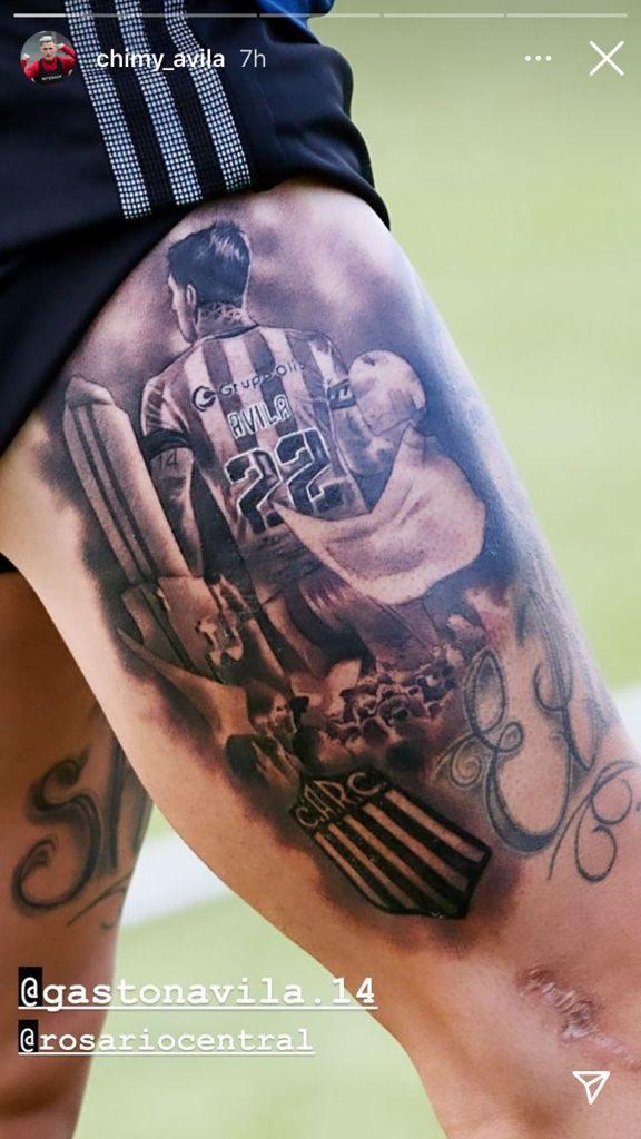 Chimy Ávila muestra un espectacular tatuaje de su hermano